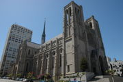180px-grace_cathedral_san_francisco_2.jpg
