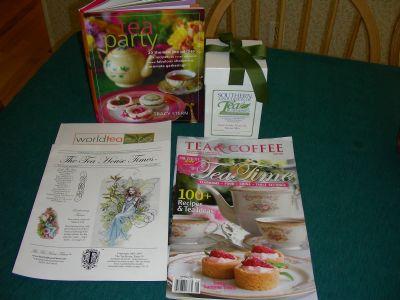 moms-package-of-tea-reads.jpg