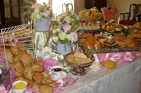 How to Prepare a Tea Party for a Crowd