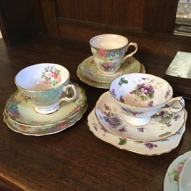 how to clean teacups