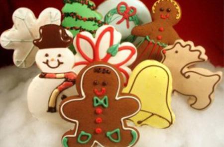 Tea and Christmas Cookies