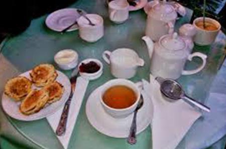 Teatime in London